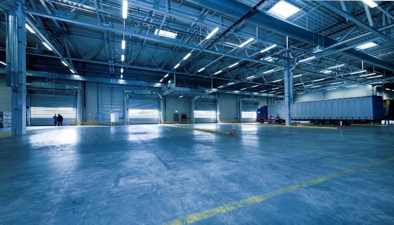 kecepatan membangun gudang gunakan material prefabrikasi
